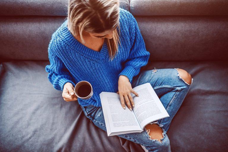 8 livros sobre moda feminina para ler durante a quarentena!