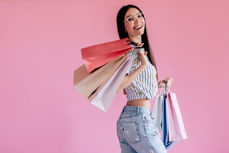Por que investir no mercado de moda íntima feminina?